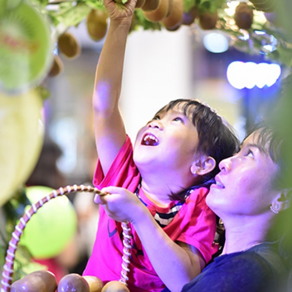 Successful Zespri Event brings joy for young and old reaching over 3,000 visitors